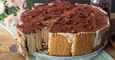Gâteau de biscuits au café sans cuisson