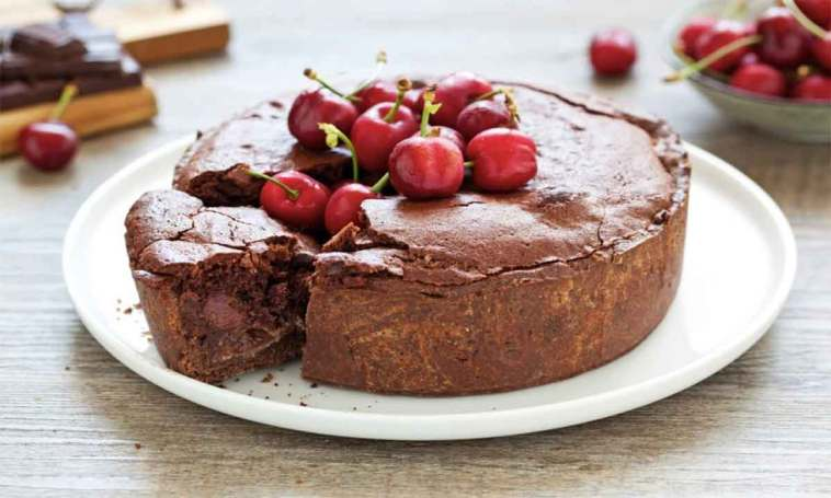 Tarte aux cerises et au chocolat moelleux