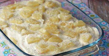 Tiramisu à la crème et à l'ananas gourmand et frais