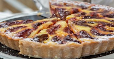 La tarte aux prunes à l'alsacienne
