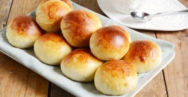 Petits pains au lait doux et délicieux